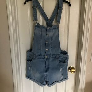 Celebrity pink overall shorts women's denim size L